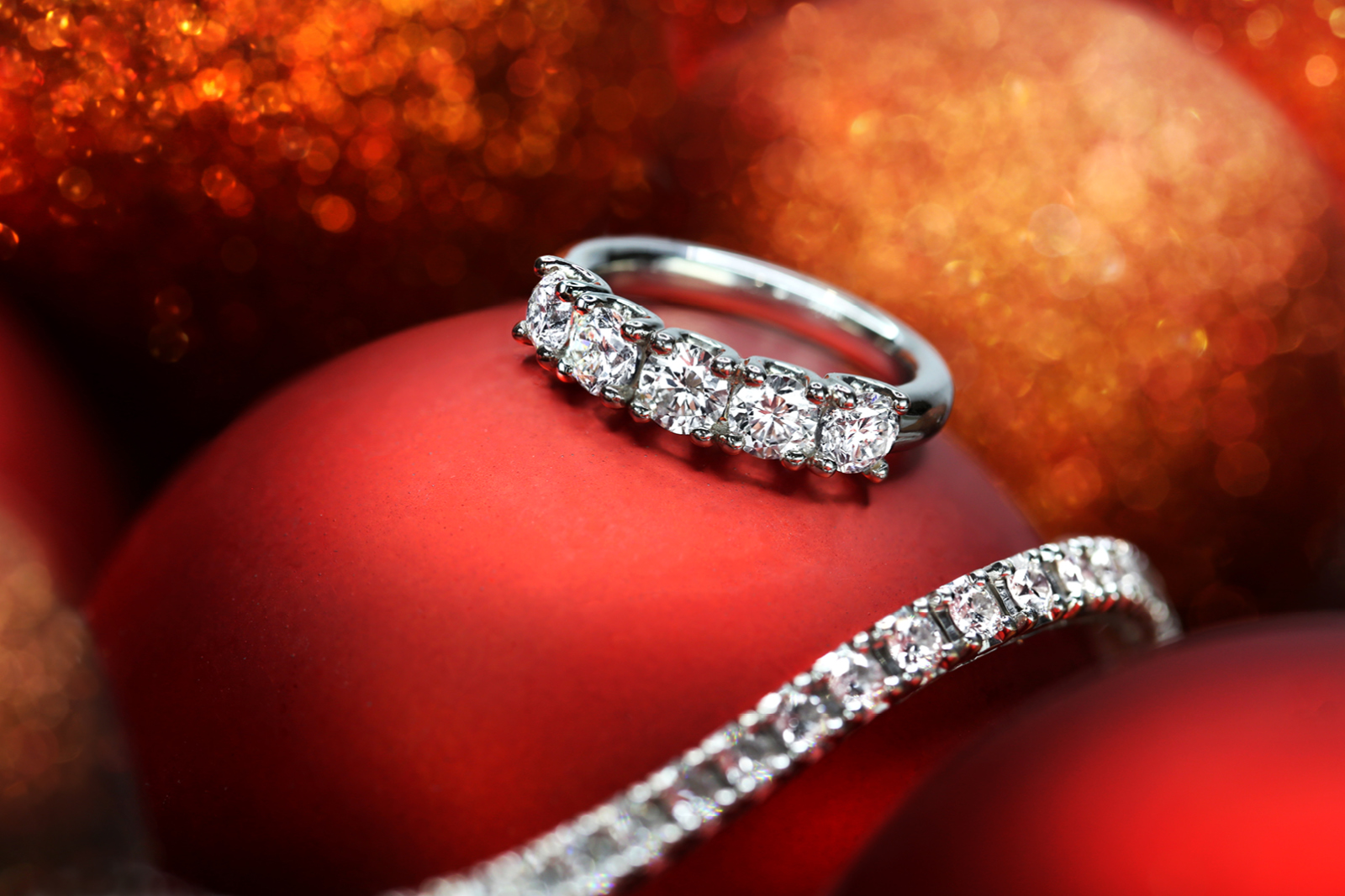 Luxury jewellery photography and retouching for Paul Sheeran Jewellers, Dublin